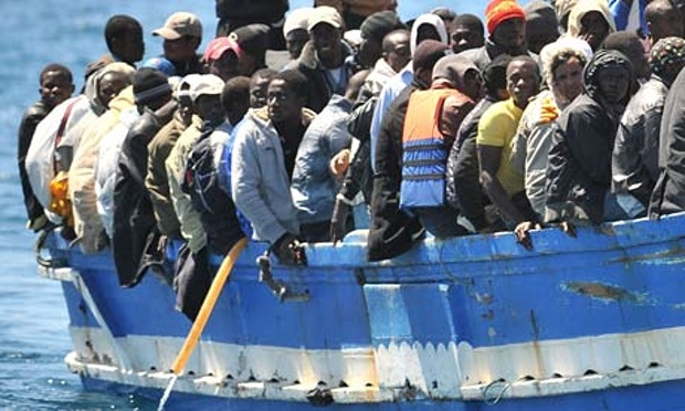 A-boat-full-of-migrants-a-008